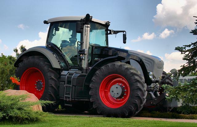 видео с тракторами - 14