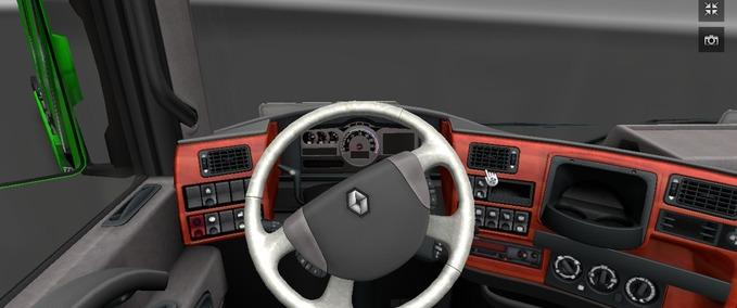 Renault-magnum-new-interior