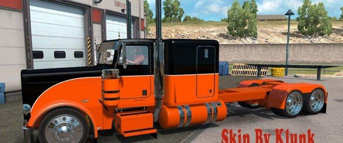 Peterbilt-389-black-orange-skin