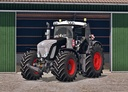 Fendt-936-vario-black-beauty-waschbar