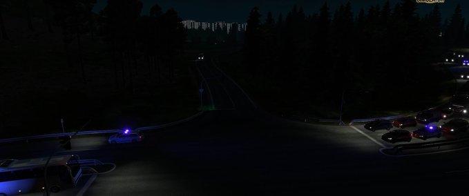 Polizeifahrzeuge-fahren-mit-blaulicht-von-arayas-1-30-x