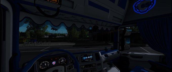 Scania-s-blau-weisses-interieur-1-36-x
