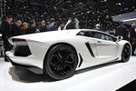 Lamborghini-aventador-autosalon-genf-2011-c890x594-ffffff-c-9f0dda2b-459339